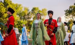 Впервые в КЧР у древних храмов пройдет фестиваль «Дары Кавказа»