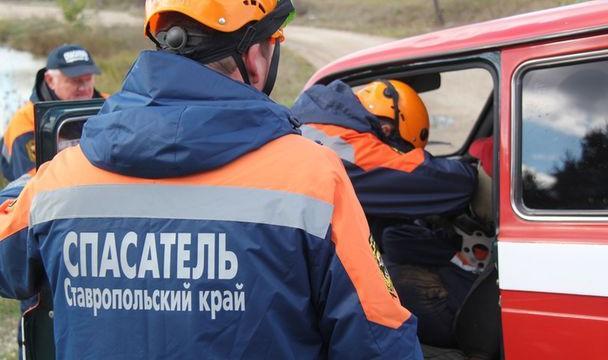 НаСтаврополье легковушка врезалась вКАМАЗ, умер шофёр