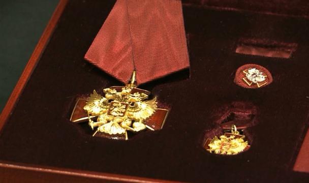 Путин наградил руководителя Дагестана Абдулатипова орденом «Зазаслуги перед Отечеством»
