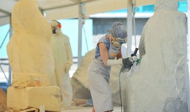 Губернатор Ставрополья осмотрел площадку интернационального скульптурного симпозиума