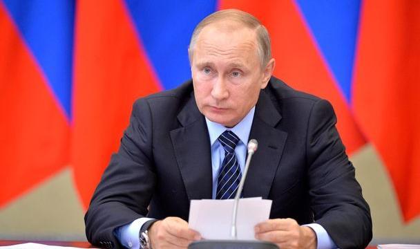 Владимир Путин призвал быть осторожными при введении курортного сбора