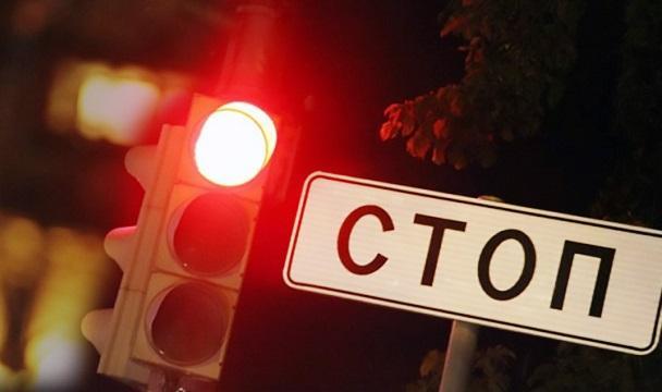 ВДагестане при столкновении легковушки и грузового автомобиля погибли три человека