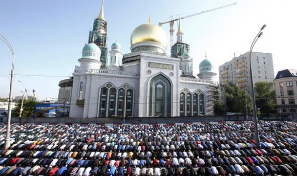 Власти Нижневартовска поздравили мусульман спраздником Курбан-байрам