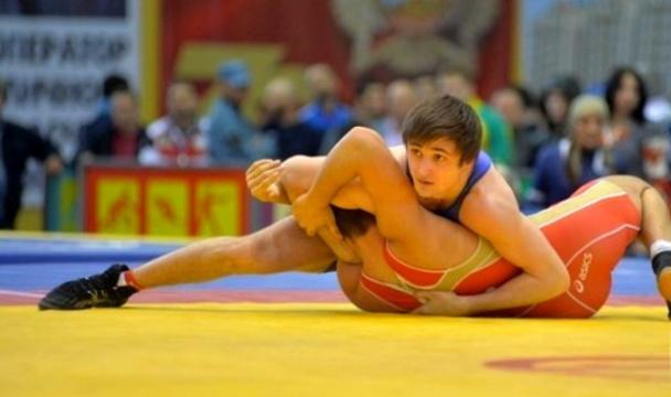 Борец-юниор изКыргызстана стал чемпионом мира