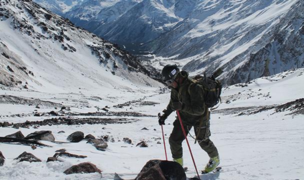 Вконкурсе «Эльбрусское кольцо» лидируют русские военные альпинисты