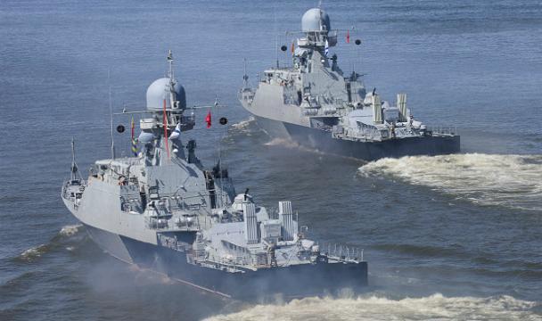 Ударные корабли Каспийской флотилии выполнили боевые стрельбы