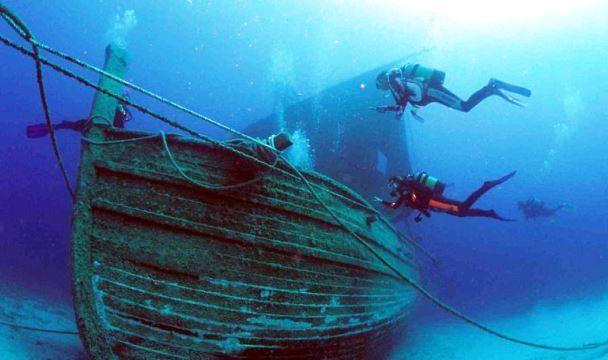 ВКаспии под Дербентом найден якорь корабля флотилии Петра I