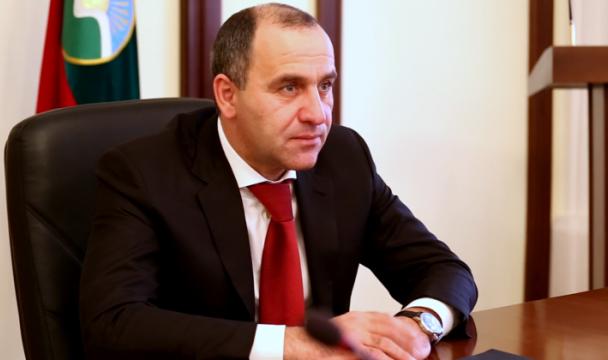 Рамазан Абдулатипов поздравил работников нефтегазовой ветви спрофессиональным праздником